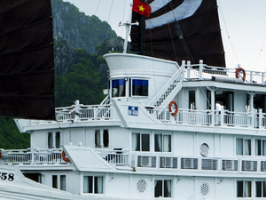 Tour HaNoi - Halong Bay Promotion Photos