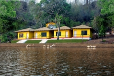 Resorts At Khindsi Lake