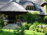La Chaumiere - Guest House