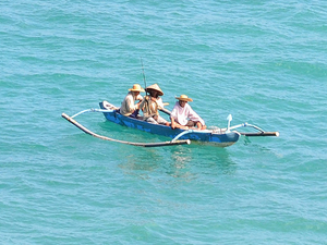 Boat cruise in Bali Photos
