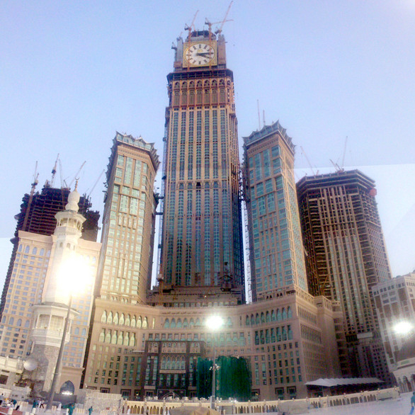 abraj al bait mecca saudi arabia photos. Black Bedroom Furniture Sets. Home Design Ideas
