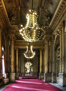 The Golden Room (Salón Dorado)