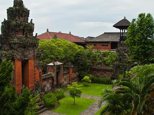 Bustling Denpasar City Tour Photos