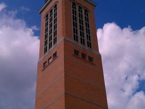 Beckering Família Carillon Torre