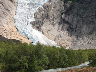 Briksdalsbreen
