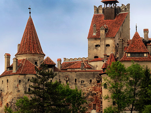 Discover the Medieval Treasures of Transylvania Photos