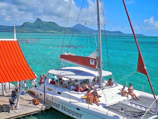 Catamaran Cruises to Isle Aux Cerfs Photos