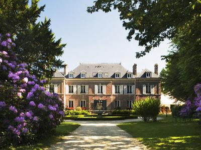 Chateau  Les  Bruyeres