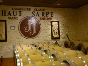 Saint-Emilion Day Trip from Bordeaux: Château Wine Tastings and Lunch Photos
