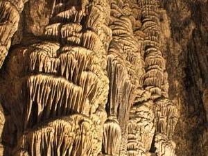 Cuevas de Hams