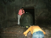 Elephanta Caves Worshippers