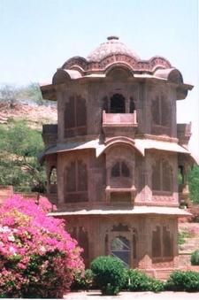 Ekthamba Mahal