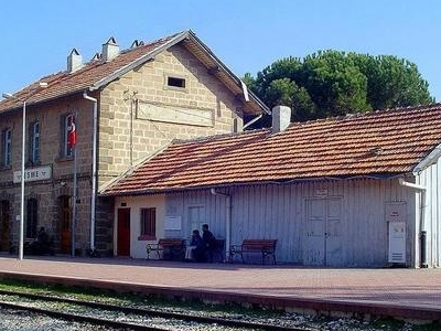 Eme Train Station