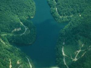 Fishpond Lake
