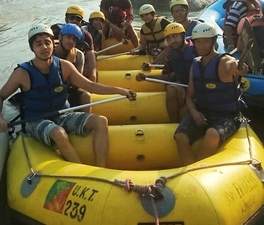 Free Rafting in Ganga River