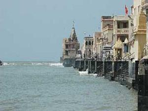 Gomati Ghat Temples