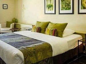 Stay 6 Pay 5 - Bleu Raisin Hotel, Les Salles-de-Castillon