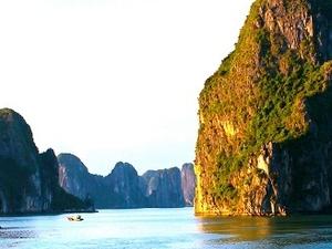 Halong Bay Cruises Full Day Trip Photos