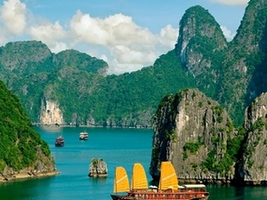Halong Day Trip - The Natural World Heritage Site