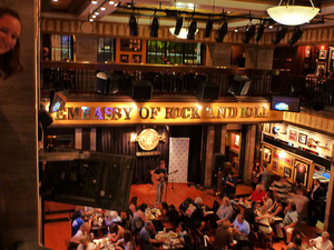 Hop On Hop Off Bus Tour with Hard Rock Café Lunch Photos