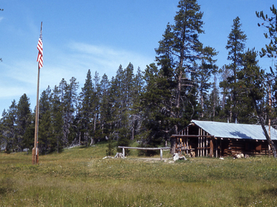 Heart Lake Patrol Cabin - Yellowstone - USA