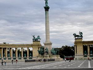 Heroes Monument-Mohács