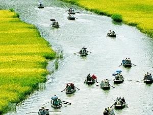 Hoa Lu - Tam Coc Day Tour Photos