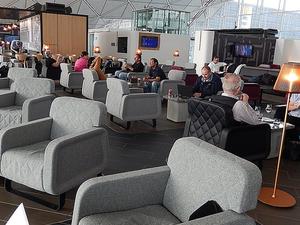 Hong Kong International Airport Plaza Premium Lounge Photos