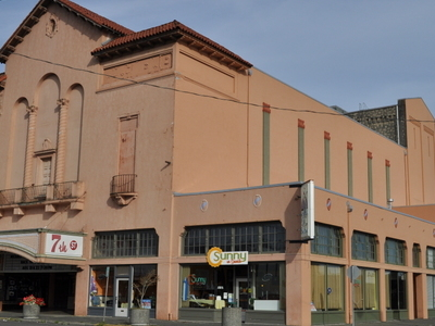 Hoquiam    St  Theater