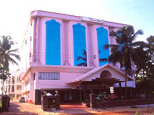 Hotel The Vijaya Castle