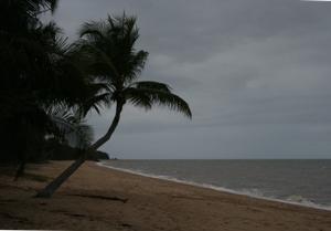 Holloways Beach