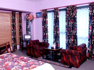 Mukteshwar Himalyan Resort