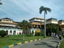 Istana Maimun