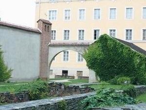 István Járdányi Paulovics Ruin Garden