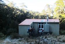 Kapakapanui Hut
