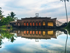 Honeymoon in Kerala - 3 Nights & 4 Days Photos