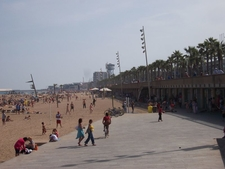 La Barceloneta Beach Side