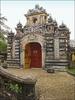 La Porte D'entrée Du Palais An Dinh à Hué