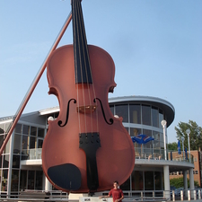 Largest Ceilidh Fiddle