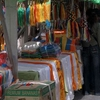 Leftbarkhor. Rightjokhang Market