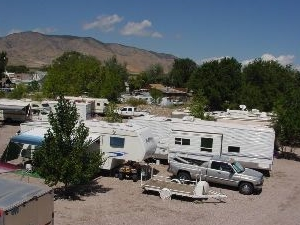 Lizzie And Charlie's Rv Park