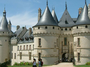 Loire Valley Castles Small Group Day Trip from Paris by Minivan Photos