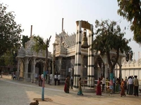 Mahudi Jain Temple
