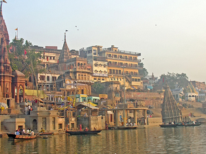 Taj Mahal & Ghats of Varanasi Photos