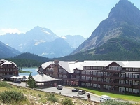 Many Glacier Hotel