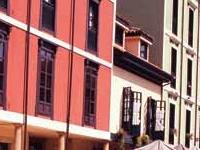 Mercado y Plaza del Fontán