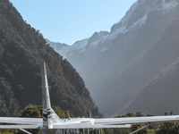 Milford Sound Fly - Cruise - Fly