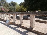 Monumento a los héroes epónimos