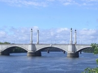Memorial Bridge