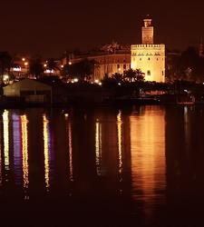 Nocturna En Sevilla